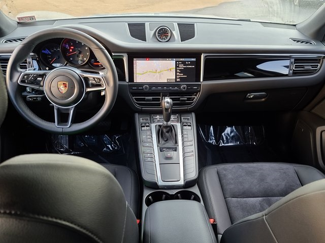 Certified Pre-Owned 2019 Porsche Macan Base